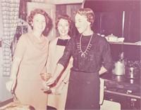 23 Photos of Thanksgiving Dinner 1964