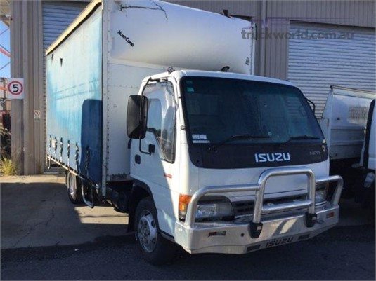 2004 Isuzu NPR Just Isuzu Wrecking  - Wrecking for Sale