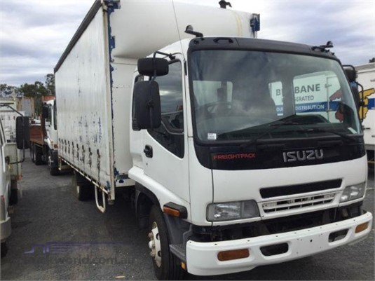 2007 Isuzu FRR Just Isuzu Wrecking - Trucks for Sale