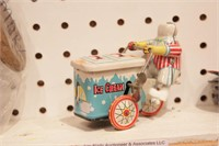 vintage tin toys