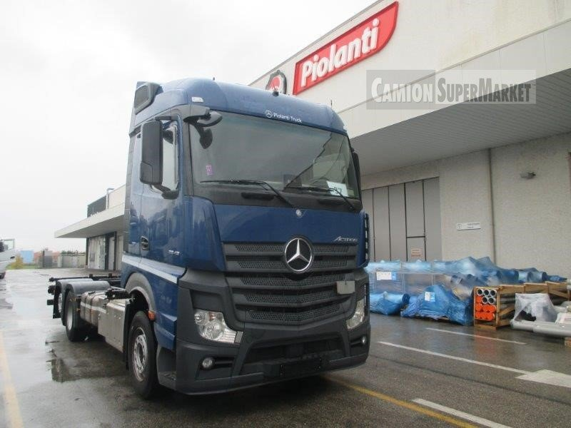 Mercedes-Benz ACTROS 2545 used 2016