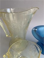 Lot-Depression and Art Glass as Shown