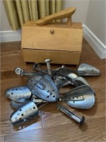 Shoe Stretcher with Shoe Shine Kit