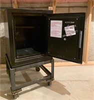 Gardex Resistant Safe Class 350 and Stand