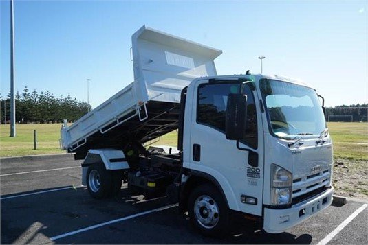 2015 Isuzu NPR - Trucks for Sale
