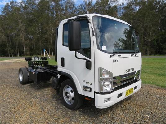 2019 Isuzu NPR 65 190 AMT - Trucks for Sale