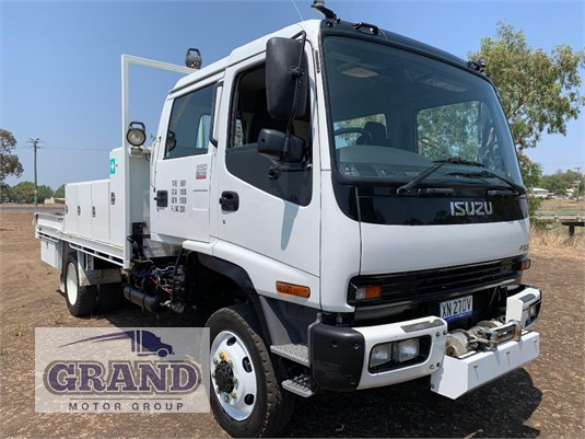 2006 Isuzu FSS 550 4x4 Grand Motor Group - Trucks for Sale