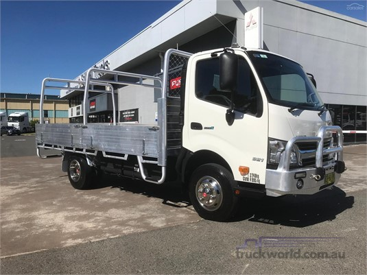 2018 Hino 300 Series 921 - Trucks for Sale