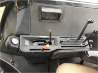 JOHN DEERE 4640 Tractor, 2wd, Powershift