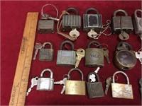 22 Vintage Locks w/ Keys