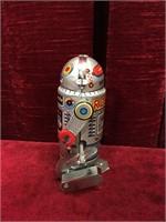 Wind-up Tin Robot - 7 Toy
