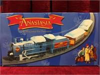 2 Anastasia Figures & Train (c)1997