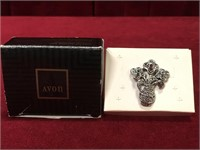 Avon Spring Bouquet Pin