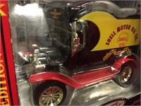 1/24 1912 Ford Model-T Delivery Truck Bank