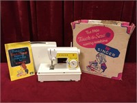 Singer Little Touch & Sew Machine - No Card