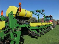 Planting Equipment - Air Seeders/Air Carts  JOHN D