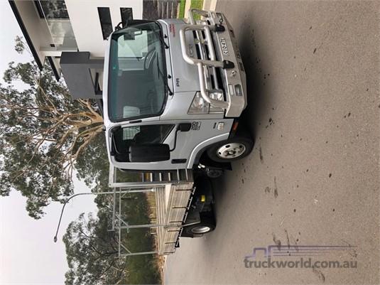 2012 Isuzu NPR 200 AMT Premium - Trucks for Sale
