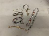8 bracelets