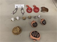 8 sets of earrings