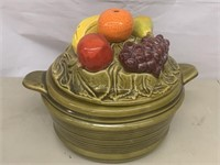 Ceramic Fruit bowl with lid