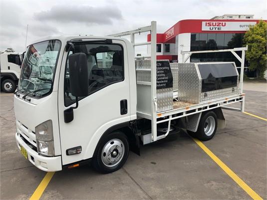 2014 Isuzu NLR - Trucks for Sale