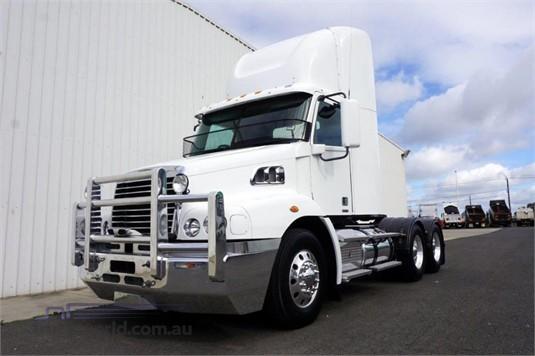 2014 Freightliner Century CST 112 - Trucks for Sale