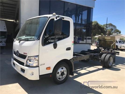2012 Hino 300 616 - Trucks for Sale