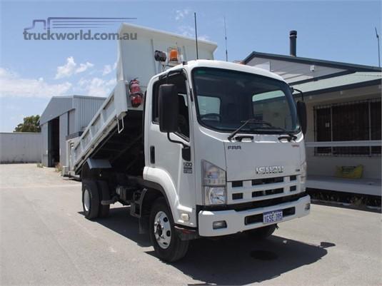 2008 Isuzu FRR 107 210 - Trucks for Sale
