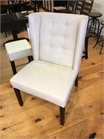 Button Back White Upholstered Accent Chair