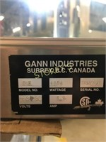 Gann Heated Glass Table Top Display Case