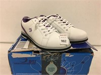 BSI WOMENS BOWLING SHOES SIZE 7