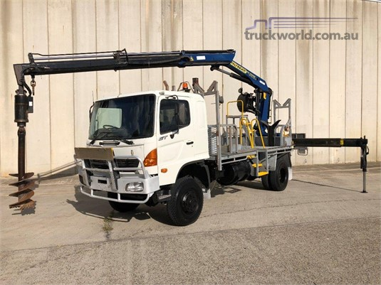 2006 Hino Gt1j - Trucks for Sale