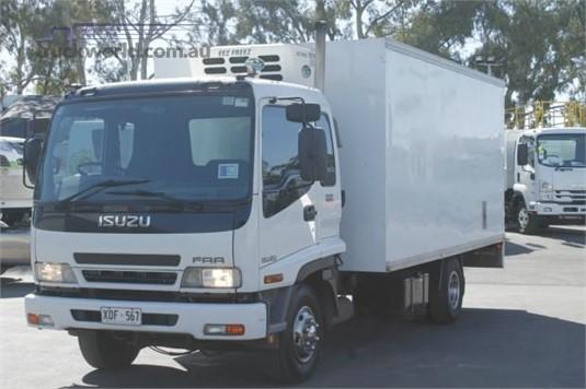 2007 Isuzu FRR 525 - Trucks for Sale