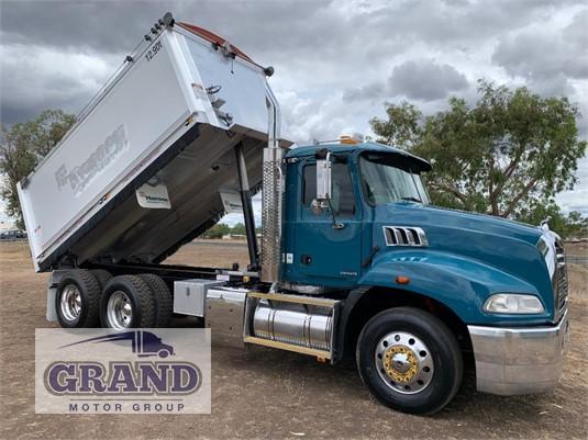 2011 Mack Granite Grand Motor Group - Trucks for Sale