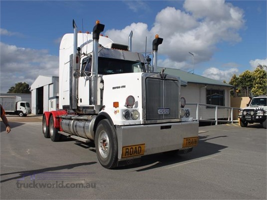 2001 Western Star 4900FX - Trucks for Sale