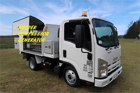 2010 Isuzu NLR 200 Short AMT - Trucks for Sale