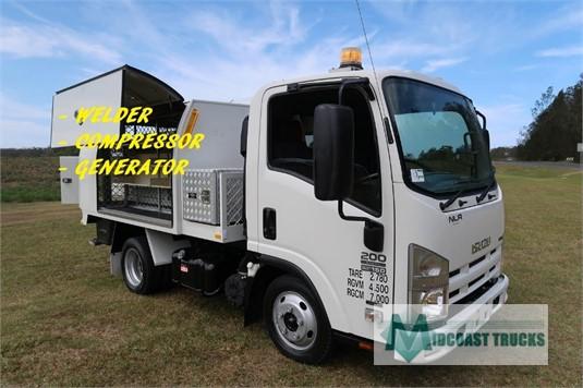 2010 Isuzu NLR 200 Short AMT Midcoast Trucks - Trucks for Sale