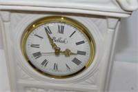 Belleek Shelf Clock (Battery Operated)
