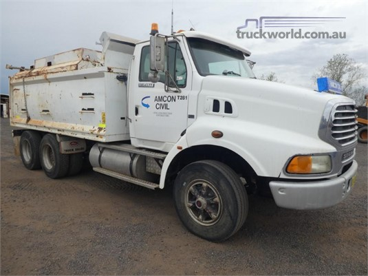 1997 Ford L7000 - Trucks for Sale