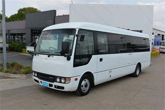 2013 Fuso Rosa Deluxe - Buses for Sale
