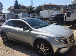 MERCEDES-BENZ GLA200  used