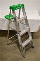 Louisville 225lb 4ft Step Ladder