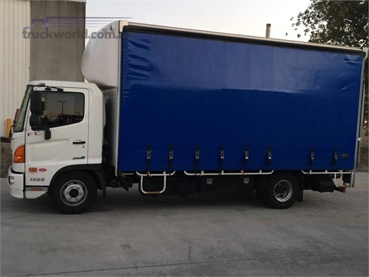 2015 Hino 500Fc1022 - Trucks for Sale