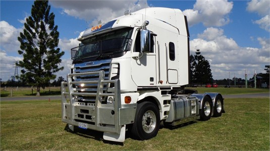 2014 Freightliner Argosy 110 - Trucks for Sale