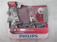 Philips 9006 VisionPlus Bulb, Pack of 2