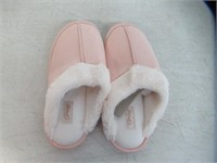 Fuzzy Slippers For Women (US8-9-10, B), Pink