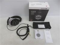beyerdynamic DT 990 Pro 250 ohm Headphones, Gray,