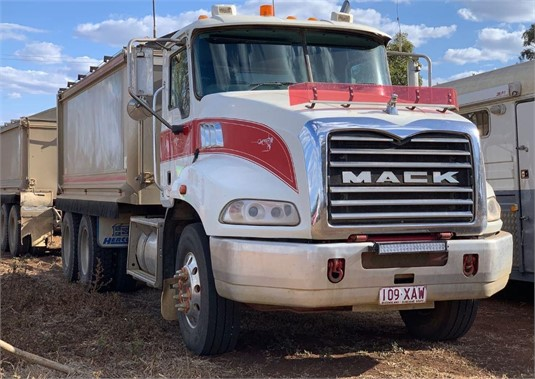 2008 Mack GRANITE 124FR - Trucks for Sale