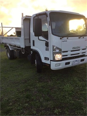 2013 Isuzu NH - Trucks for Sale