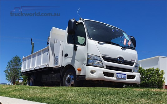 2013 Hino other - Trucks for Sale